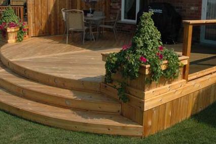 wood planter.jpg