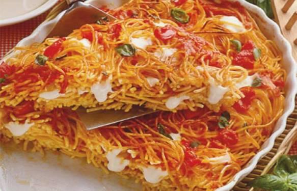 Le ricette della tradizionale cucina napoletana spaghetti al forno con mozzarella - Ricette cucina napoletana ...