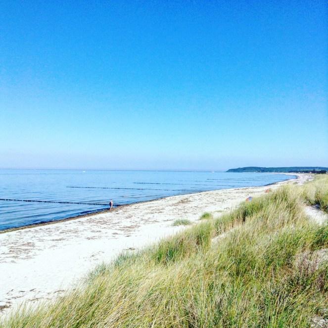 Ostseestrand am Leuchtturm Gellen auf Hiddensee