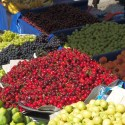 Wednesday market with fresh fruit in Sultanahmet