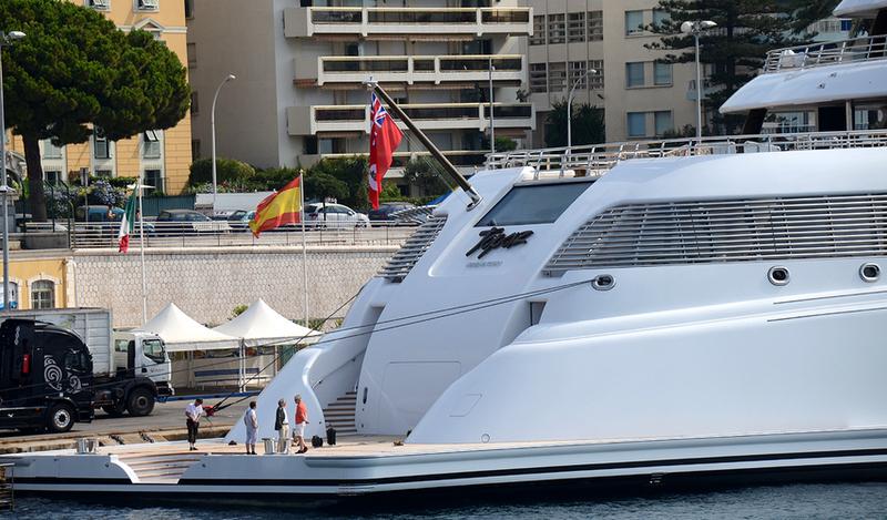 topaz yacht charter