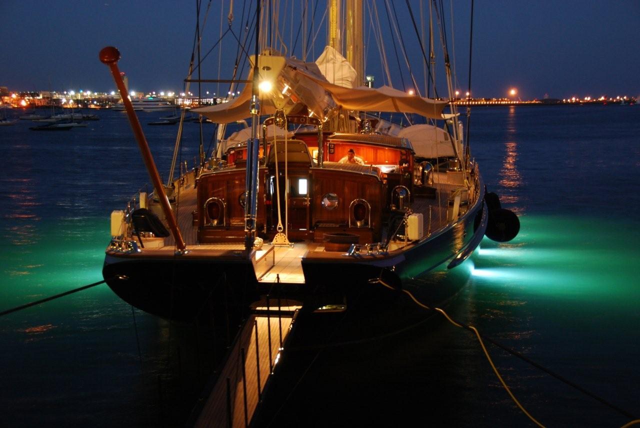 meteor sailboat