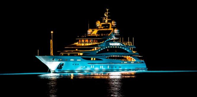 Michael Jordan 3d Wallpaper Photos Benetti Motor Yacht Diamonds Are Forever By Night