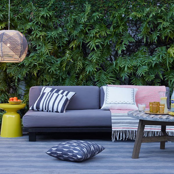 How To Avoid 10 Common Outdoor Decorating Mistakes