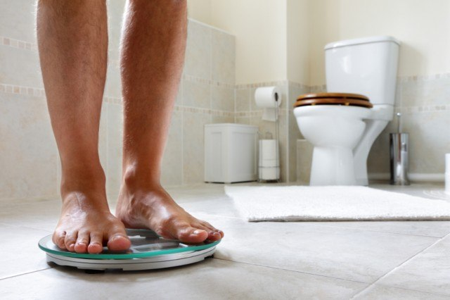 The Times You Should Never Step on a Scale to Weigh Yourself - how would you weigh a plane without scales