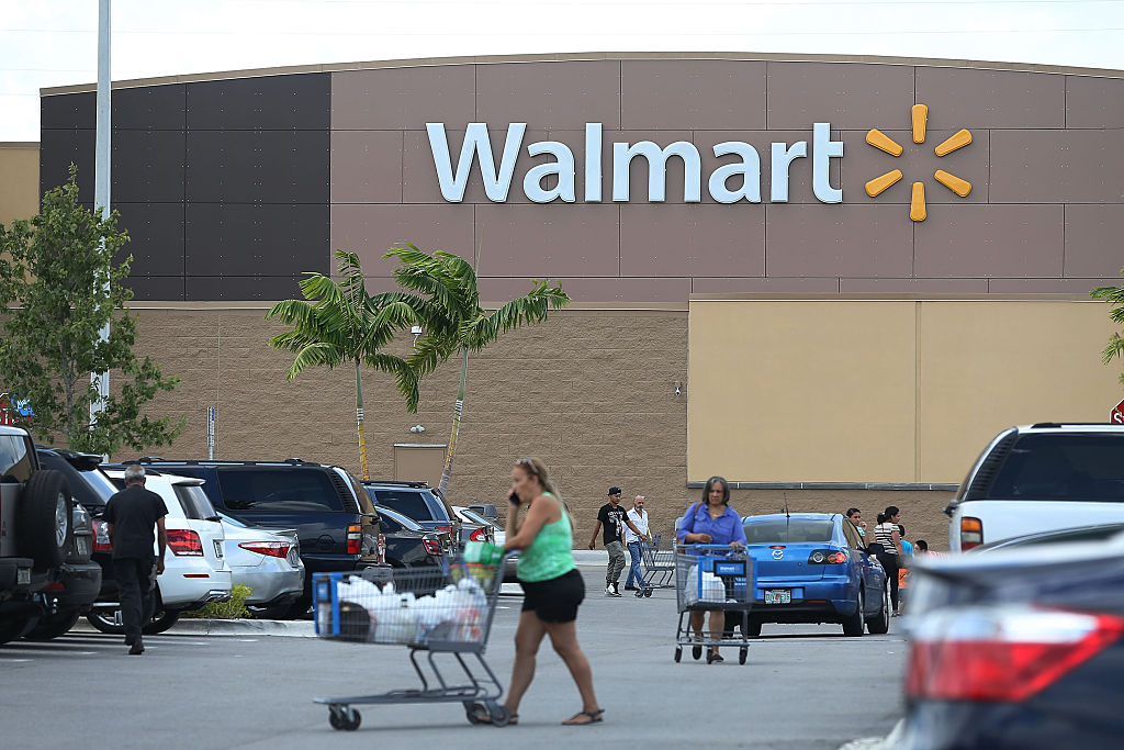 What It\u0027s Really Like to Live in the Walmart Parking Lot