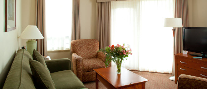 Best_Western_Chemainus_Living_Room