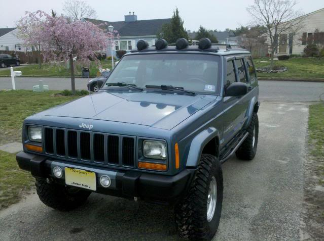 Jeep light rack lovequilts roof mounted light bar page 2 jeep cherokee forum mozeypictures Gallery