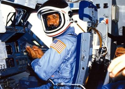 Charles Bolden, NASA, STS61C-01-007