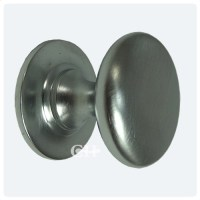 Croft 1100 Cupboard Door Knobs Handles In Chrome Nickel ...