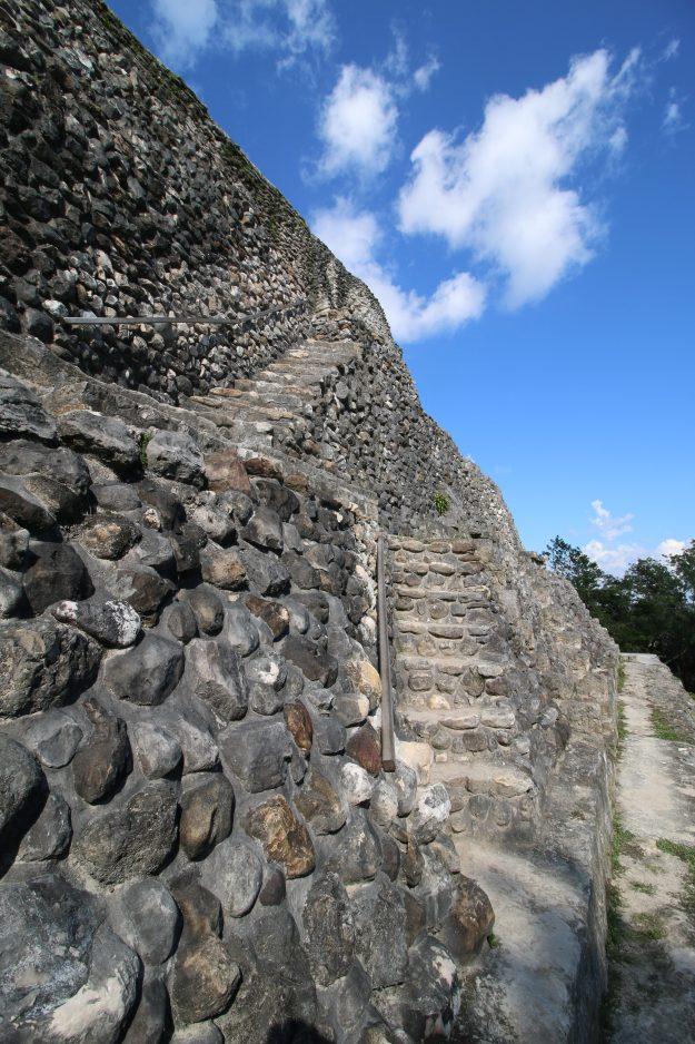 Xunantunich outer staircase