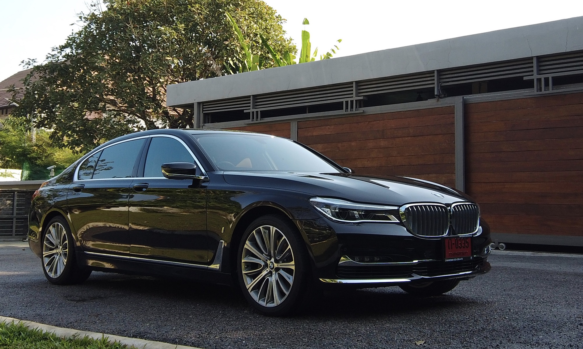 bmw series 740LE exterior of luxurious car 2019_chinese
