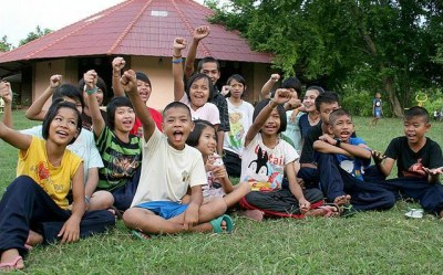 Living with The Tiger – HIV Orphans in Thailand – Chiang ...
