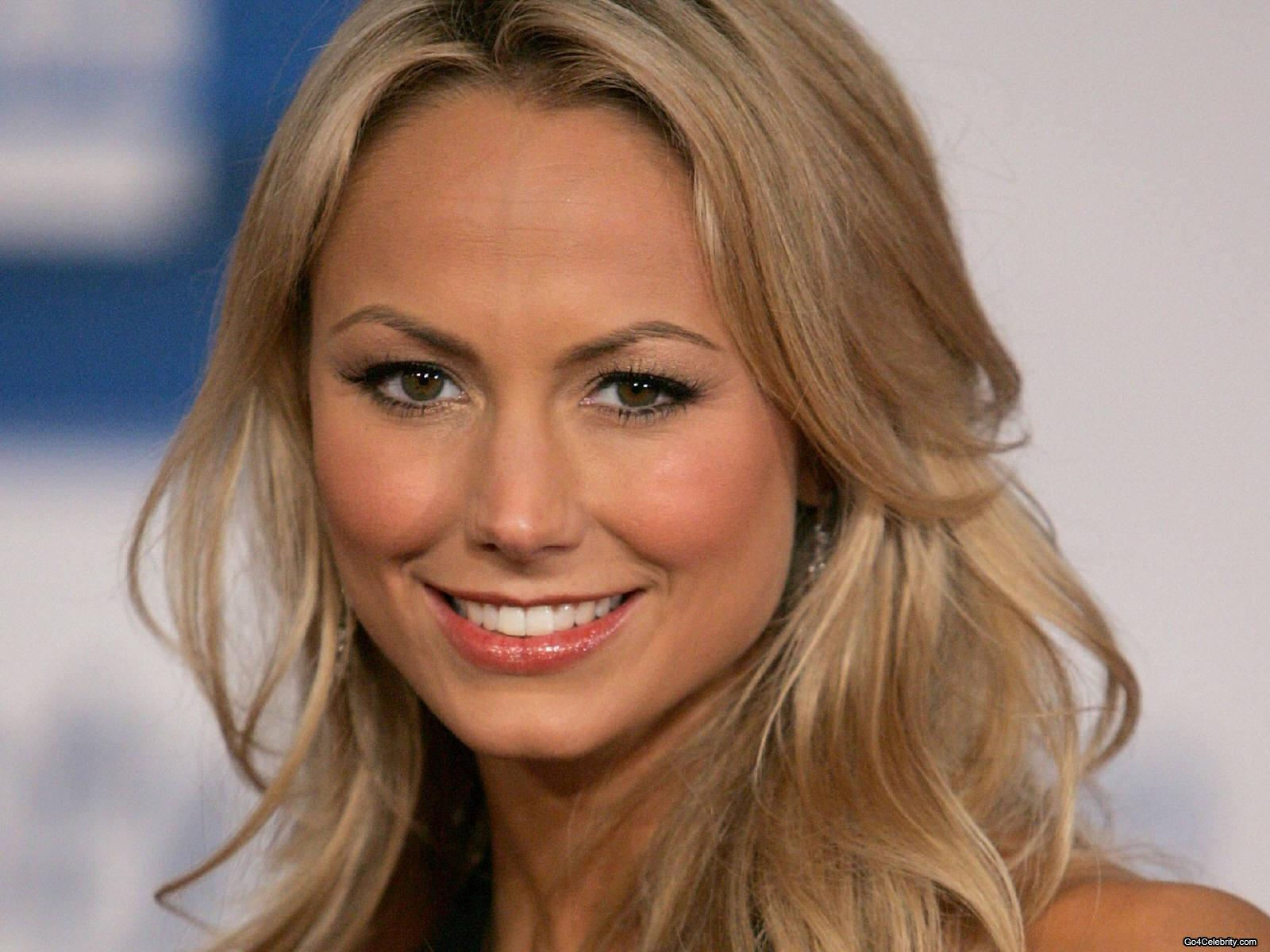 Wwe Girl Hd Wallpaper Stacy Keibler Family Husband Name Age Weight Height