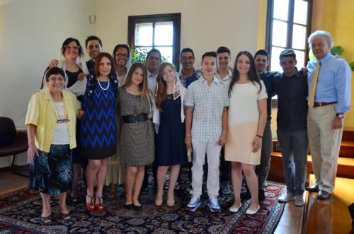 Il gruppo evangelistico testimonia 2016