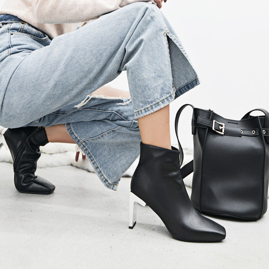 CHIKO DALTON SCULPTURAL HEEL ANKLE BOOTS