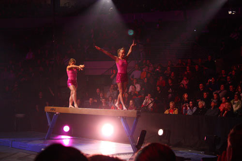 shawn-johnson-nbc-2008-gymnastics-spectacular-fat-02