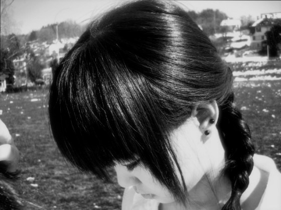 chinese-girl-hanging-head-sad-black-white