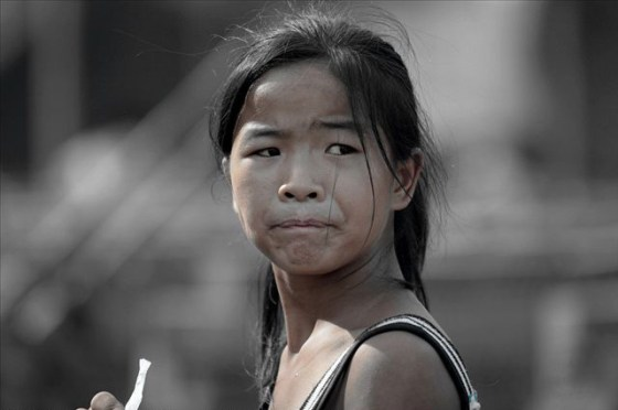 china-poor-rural-girl-15-cart