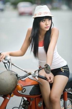 Hoang Bao Tran, 12-year-old Vietnamese model.