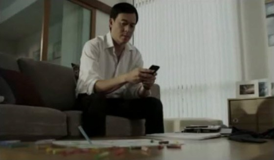 "Thailand's DTAC ""Disconnect to Connect"" television commercial moves Chinese netizens."