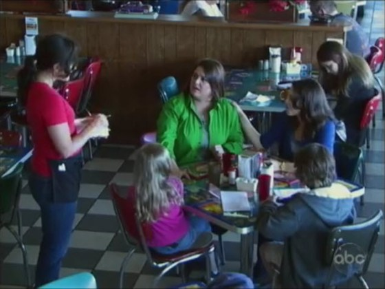 Lesbian parents being criticized and discriminated against by a waitress at a restaurant in Texas.