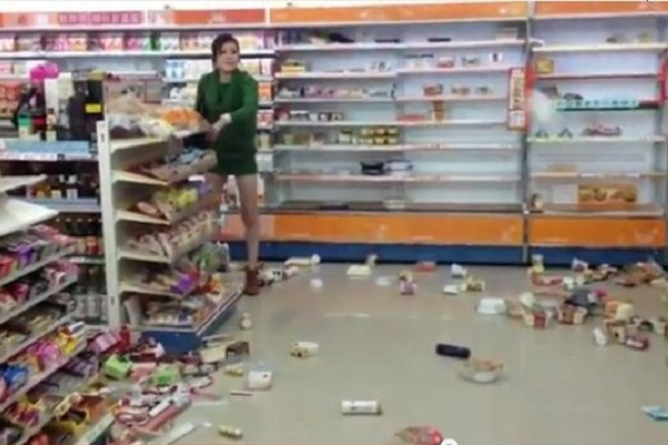 "A Taiwanese girl's destructive rampage inside the popular convenience store FamilyMart has netizens arguing over the ""inner quality"" of Taiwanese vs mainlanders"
