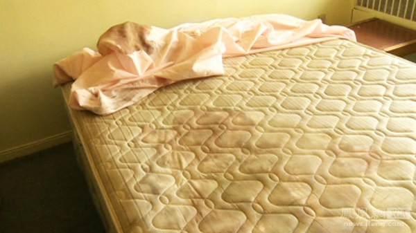 The bloodstained bad mattress where Lin Jun was murdered and dismembered by Luka Rocco Magnotta.