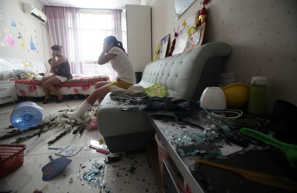 xian-china-home-invasion-forced-demolition-residents-beaten-intimidated-04