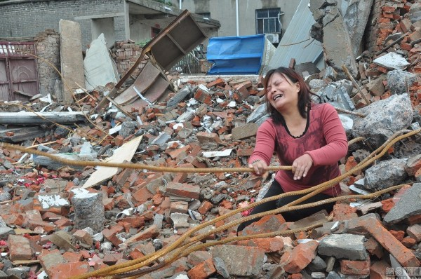 henan-chinese-couple-abducted-in-middle-of-night-return-to-demolished-home-06