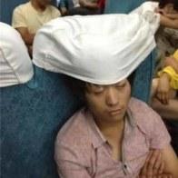 sleeping-chinese-train-passengers-01