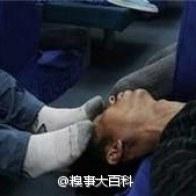 sleeping-chinese-train-passengers-09