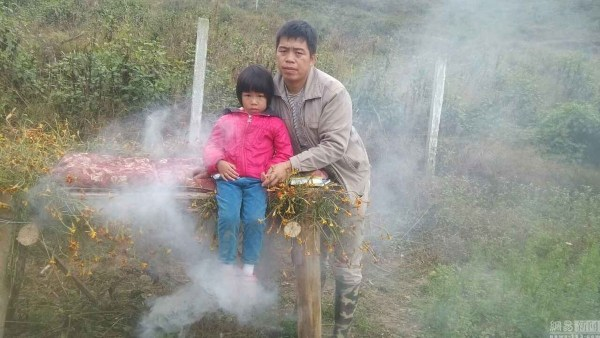 china-chinese-father-resorts-herbs-traditional-chinese-medicine-cure-daughter-beta-thalassemias-11
