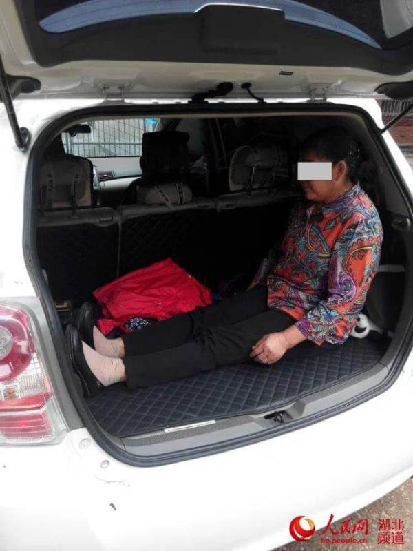 Man Makes Mom Sit In Car Trunk To Give Son Room To Sleep