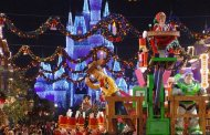 10 Magical Experiences for the Holidays at Walt Disney World