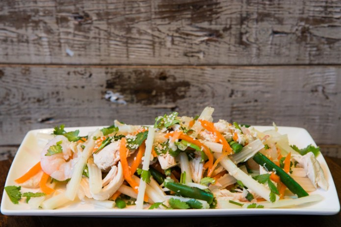 goi-ngo-sen-salad-tangy