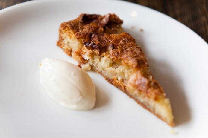 Pistachio and apple tart