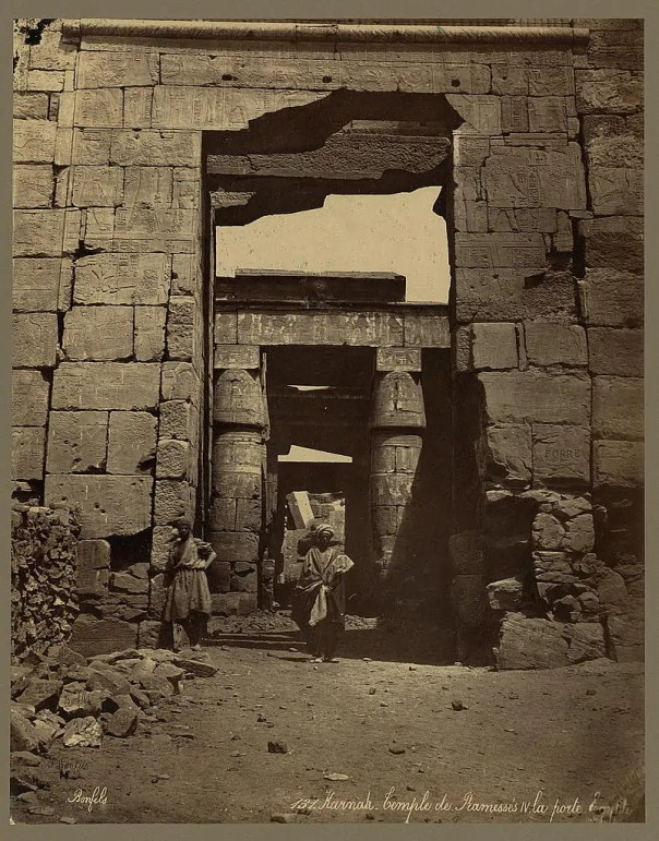 Photos of Ancient Egyptian Monuments More Than 100 Years Ago (12)
