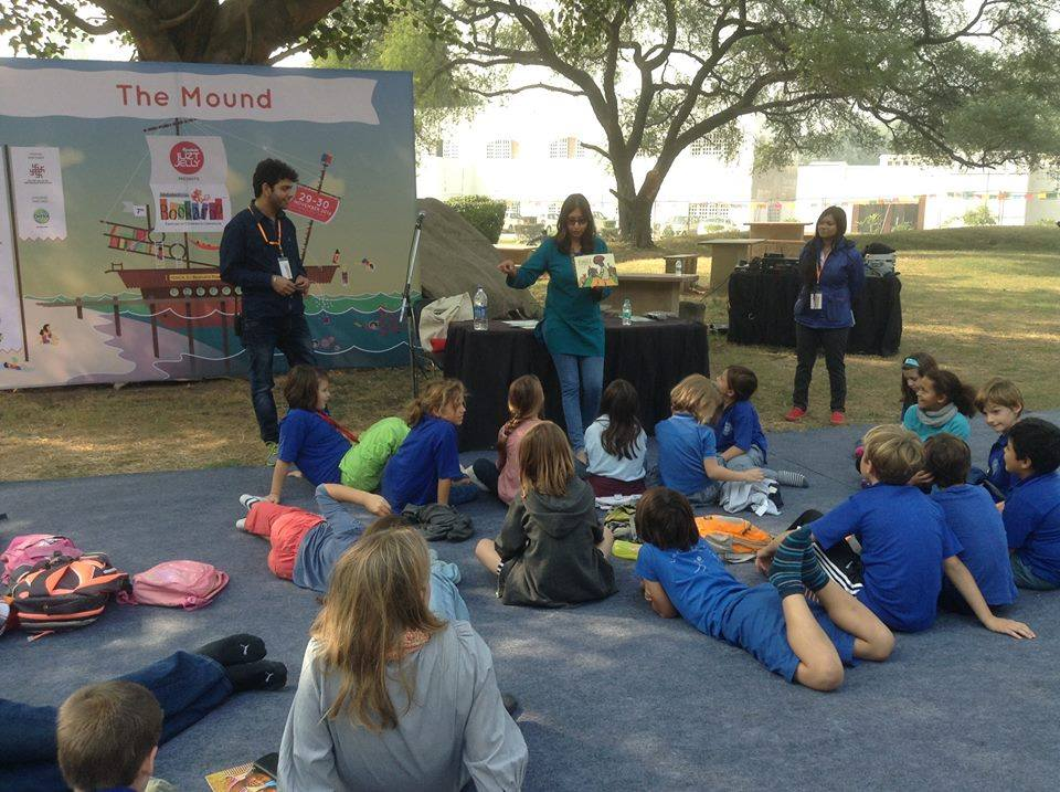 Tall Tales Top Dog workshop at Bookaroo with the German school kids