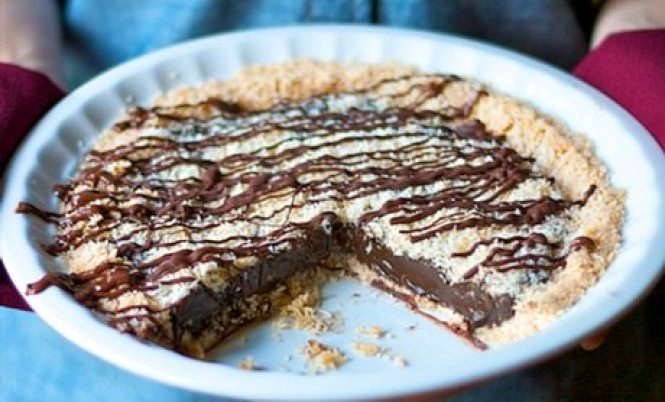 Samoas Girl Scout Cookie Pie