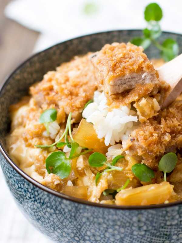Katsudon (Fried Pork Rice Bowl) | Chopstick Chronicles