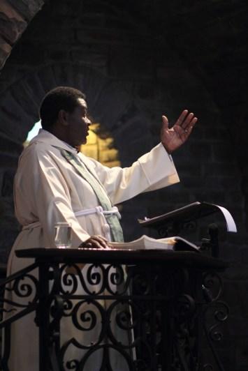 Fr Duncan 01
