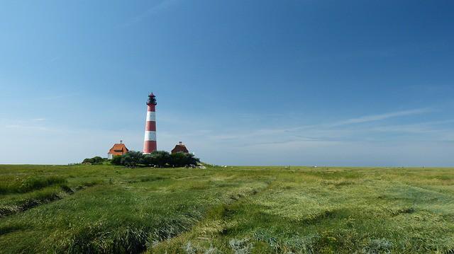 bbd0533ef83d1581_640_leuchtturm