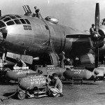 500th Bomb Group arming B-29 Superfortress Mariana Island (1944-45)