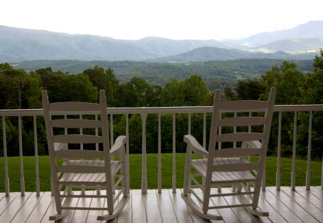 rocking chairs at smoky mountain resort christopher place