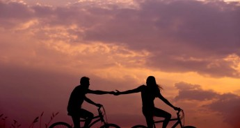 20_couples_activities_smoky_mountains_gatlinburg_tn_cades_cove_biking