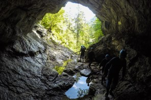 Cave trekking through Kreidelucke in Upper Austria