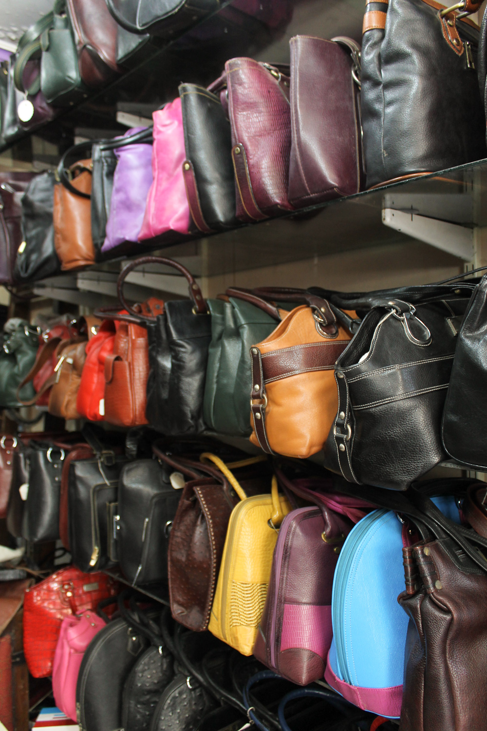 Famouse Sales Leather Boutique Dharavi-5