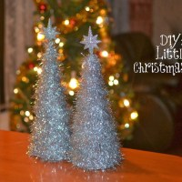 DIY: Shinny Little Christmas Tree