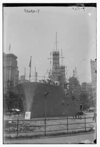 Vista del buque en el parque